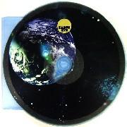 EYヨ / EARTH