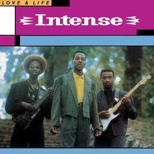 INTENSE / LOVE & LIFE / ラヴ & ライフ / ボーナス・トラックにはシングルオンリーの2曲を含むインテンスの全作品を追加収録